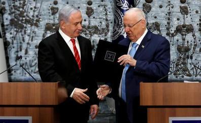 El encargo de formar gobierno da un balón de oxígeno a Netanyahu