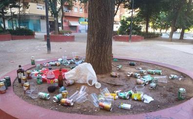 La limpieza del botellón en Valencia cuesta más de 6.000 euros de media diaria