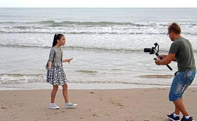Melani graba en Valencia el videoclip de 'Marte', la canción de España en Eurovisión Junior 2019
