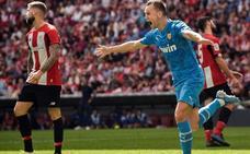 La Federación tilda de «mezquina» la realización de Mediapro en el gol del Valencia en San Mamés