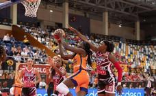El Valencia Basket sólo cede al final