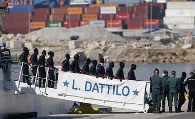 Recurren a la Audiencia Nacional la denegación de asilo de tres inmigrantes del Aquarius