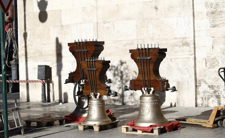 Las nuevas campanas de San Agustín ya están en el campanario