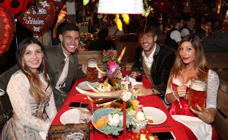 Cerveza y trajes regionales: la divertida fiesta de las estrellas del Bayern en la Oktoberfest 2019