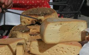 Sanidad retira varios lotes de queso por presencia de listeria