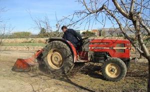 El Gobierno quiere jubilar los tractores con más de 40 años