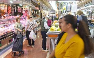 El mercado del Cabanyal acuerda ceder la gestión al Ayuntamiento tras 34 años