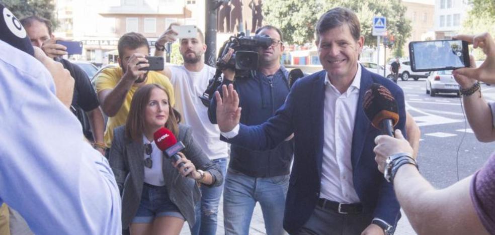 Javier Gómez dejará la LFP y Mateo Alemany es el favorito para sustituirle