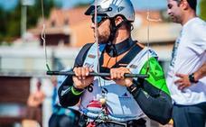 El dianense Kiko Peiró y Manu Sanz, convocados por el comité de preparación preolímpica de kitesurf
