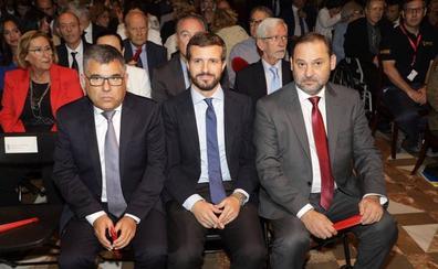 Pablo Casado anima a Ximo Puig a bajar impuestos
