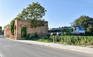 Xàtiva consolidará la histórica estación de tren de Renfe para evitar su derrumbamiento