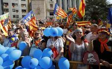 «Somos valencianos y queremos que dejen de meter el catalanismo en los colegios»
