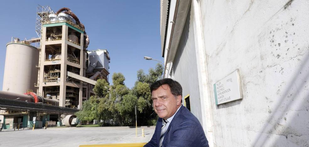 LafargeHolcim paraliza una inversión de ocho millones en Sagunto hasta aclarar su futuro