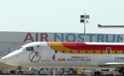 Air Nostrum recibe el premio a la mejor aerolínea regional europea
