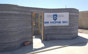 Una empresa valenciana construye una casa impresa en 3D con hormigón en menos de 12 horas