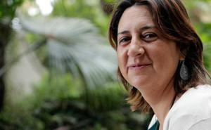 La consellera Rosa Pérez sufre una caída en la fiesta del 9 d'Octubre