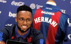 Hernani acaba el amistoso ante el Villarreal con una sobrecarga