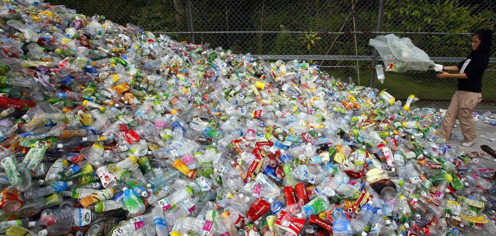 Un estudio europeo exige fabricar productos electrónicos con plástico reusado