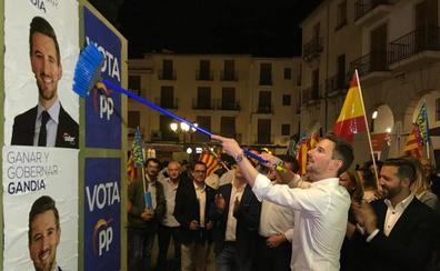 El PP de Gandia ofrece sus nueve concejales al PSPV para que rompa con los «catalanistas» de Compromís