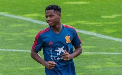 Ansu Fati roza el gol en su debut con la sub-21