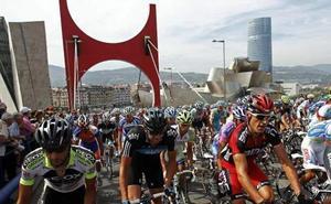 El Tour ensalza la candidatura de Bilbao para lanzar una edición