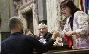 El Ayuntamiento de Valencia realiza el sorteo para designar a los miembros de las mesas electorales del 10-N