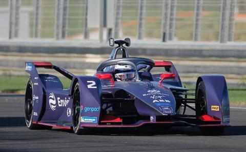 Bird pulveriza el récord de Fórmula E en Cheste
