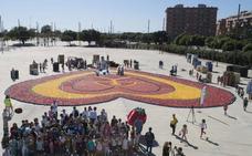 Una empresa valenciana hace el corazón más grande del mundo con frutas y verduras