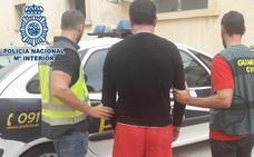 Detenido un interno del CIE de Valencia por 84 robos en viviendas