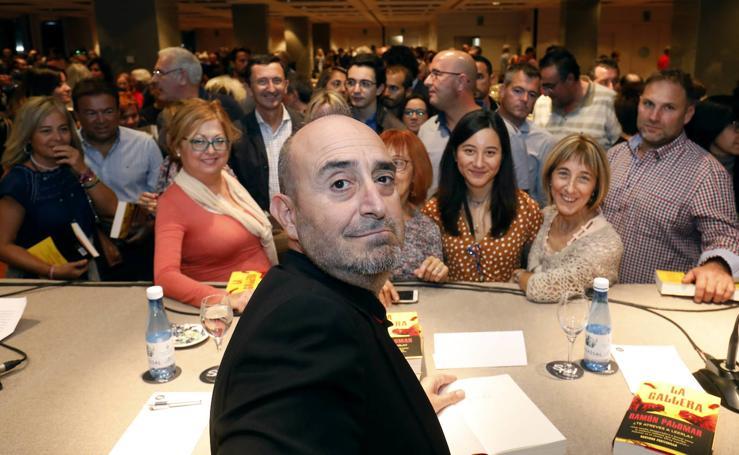Ramón Palomar presenta su nuevo libro, 'La gallera', en Aula LAS PROVINCIAS