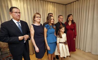 Todos los vídeos y fotos de las falleras mayores de Valencia 2020