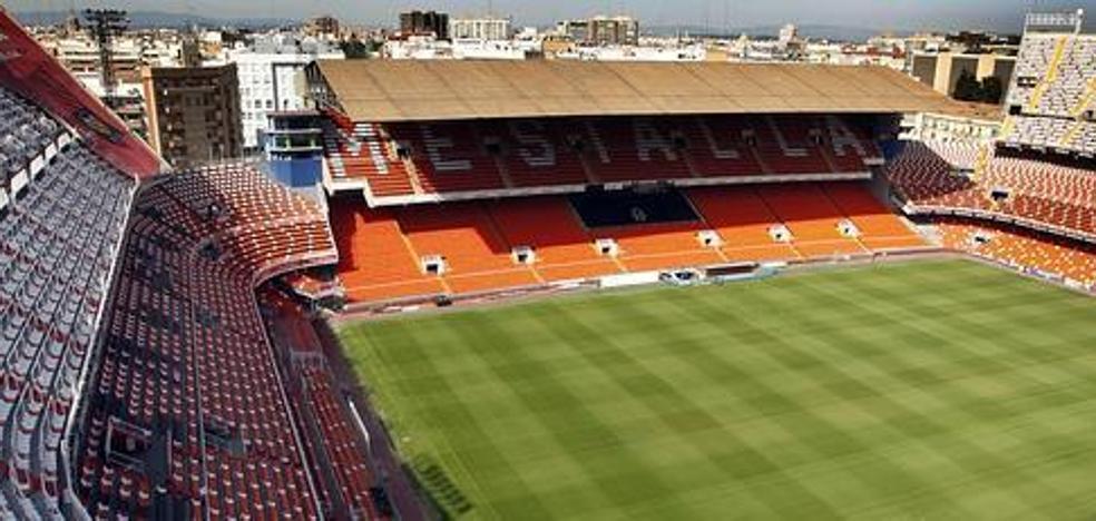 Valencia y Atlético lucirán brazaletes rosas en el Wanda