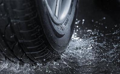 El práctico truco de la Guardia Civil para «que no te cuelen unos neumáticos viejos»