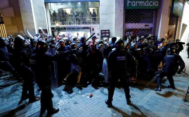 Otros dos cruceros evitan Barcelona por la violencia