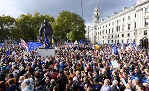 Cientos de miles de manifestantes piden en Londres un nuevo referéndum sobre el 'brexit'