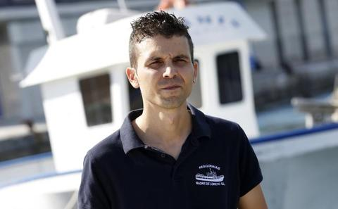 Pascual Durá, patrón del pesquero 'Nuestra Madre Loreto': «No se puede dejar a nadie morir en el mar»