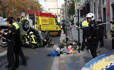 Aparatoso accidente en el centro de Valencia