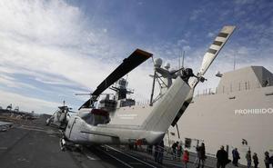 El portaaviones 'Juan Carlos I' conquista Valencia
