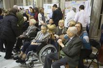 Homenaje a personas mayores en el Ayuntamiento de Valencia