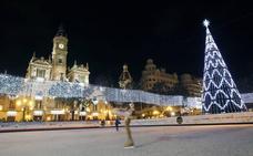 Navidad en Valencia: las luces, el árbol, la pista de hielo y el carrusel llegan en noviembre