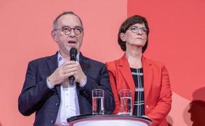 Las bases del SPD dejan en el aire la gran coalición alemana