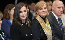La Reina Letizia deslumbra con su look en la Cumbre del Clima de Madrid