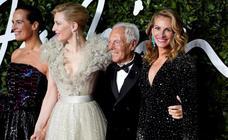 Las estrellas de la moda se lucen en los Fashion Awards