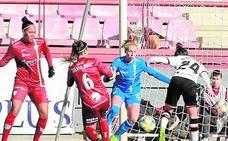 Un grave error condena al Valencia en Las Gaunas