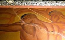 Nadie frena el deterioro del mural de Renau