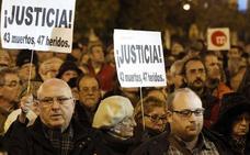 Cuatro acusados del accidente del metro pactan con la fiscal 22 meses de cárcel