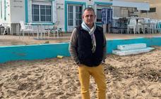 «El mar se tragó en unas horas los 50.000 euros de mi terraza»