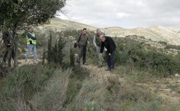 Logran extraer ADN de los huesos hallados en la fosa de Alcàsser 26 años después del triple crimen