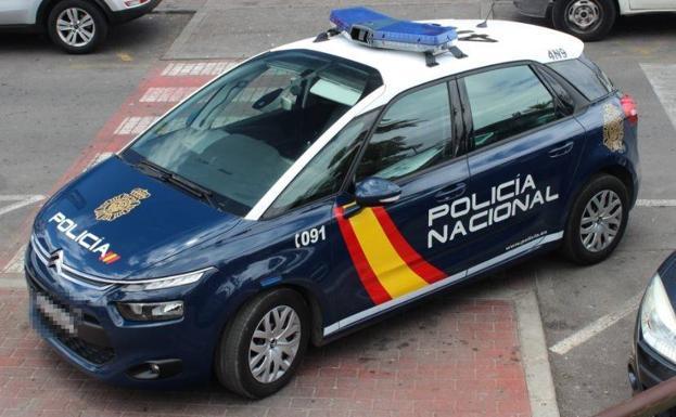 Detenida por robar 100 guantes y gel desinfectante en un hospital de Valencia