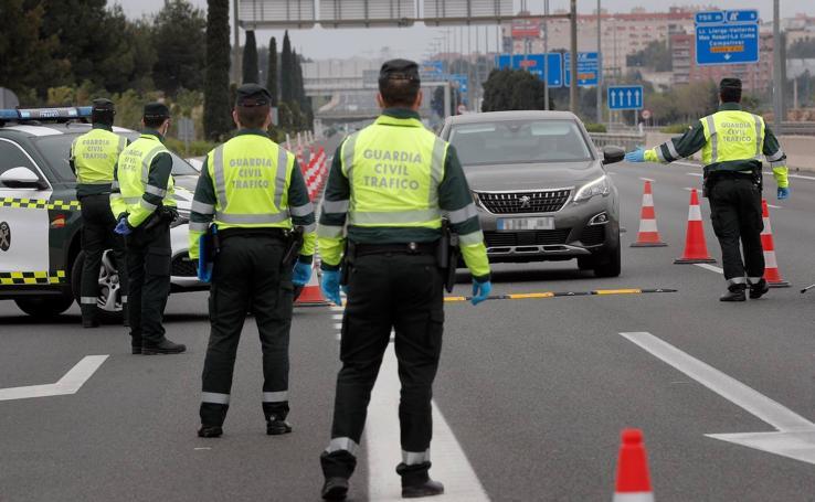 Controles en las salidas de Valencia por el coronavirus